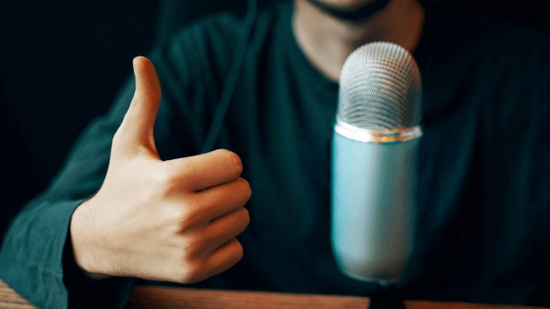 Podcasting als Business-Modell: So verdienst du Geld mit einem Premium-Podcast