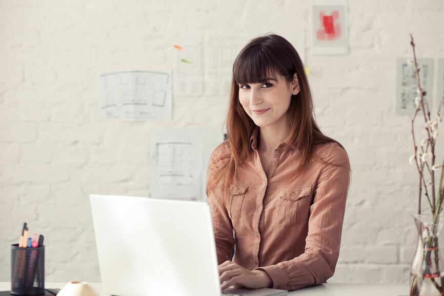Von Zettel und Stift zum integrierten Kundenbeziehungsmanagement mit Reporting-Lösung und SocialMedia-Anschluss