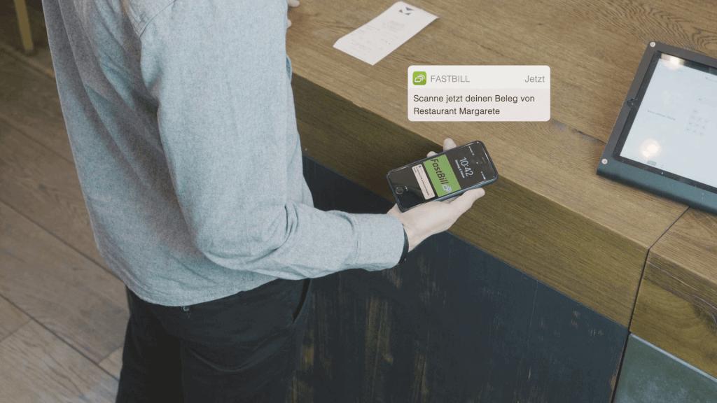 Die FastBill Scan App verschickt automatisch Benachrichtigungen