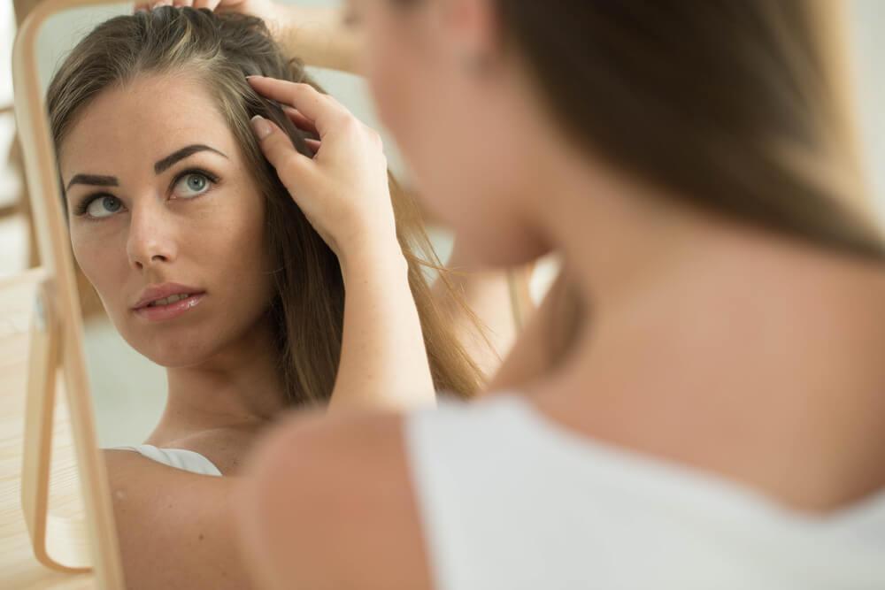 Ursachen und Hilfe bei gereizter, trockener oder juckender Kopfhaut