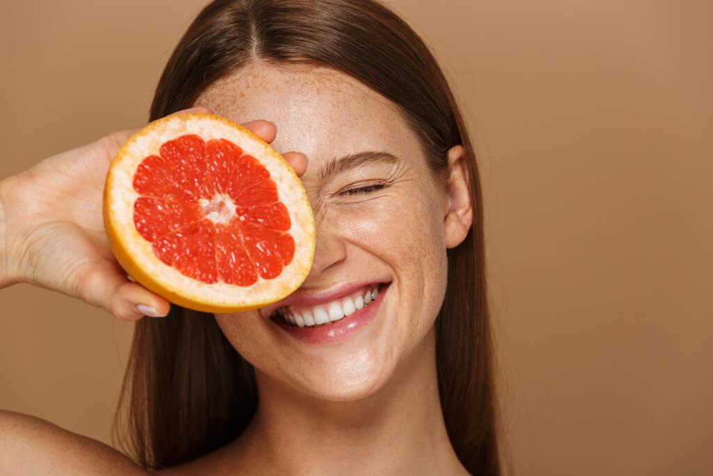 Lebensmittel gegen Pickel? - Ernährungs-Tipps für die Haut