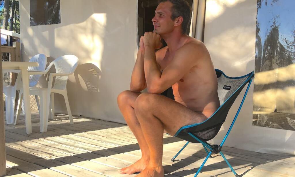 30 Tage nackt: Wie Sebastian Kühn mit dem Projekt Lifestyle X Grenzen sprengt