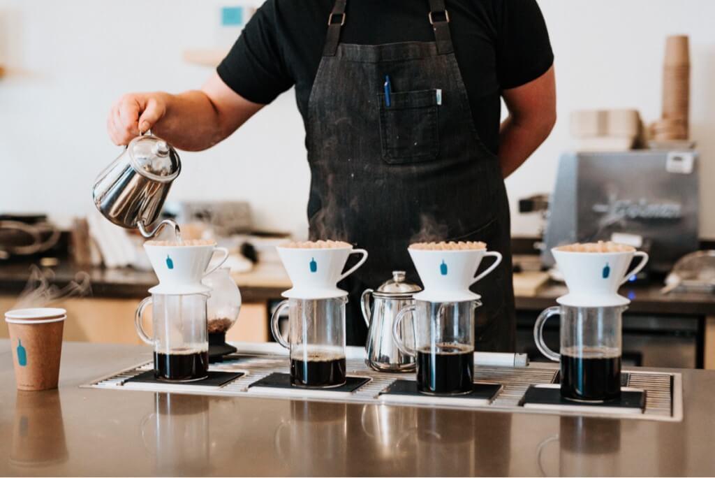 Kaffee verkaufen: 8 Geschäftsmodelle, um mit Kaffee Geld zu verdienen