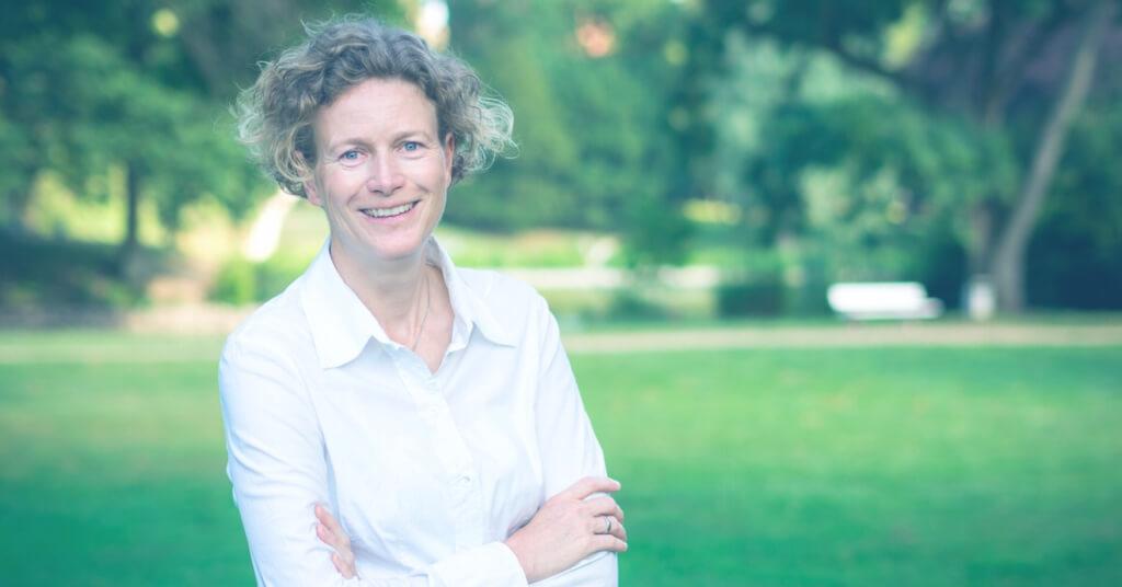 Marit Alke: Vom kleinen Barcamp zur ausgewachsenen Konferenz