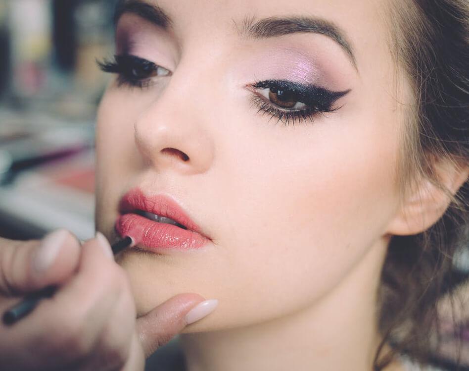 Farb-Kosmetik und Makeup