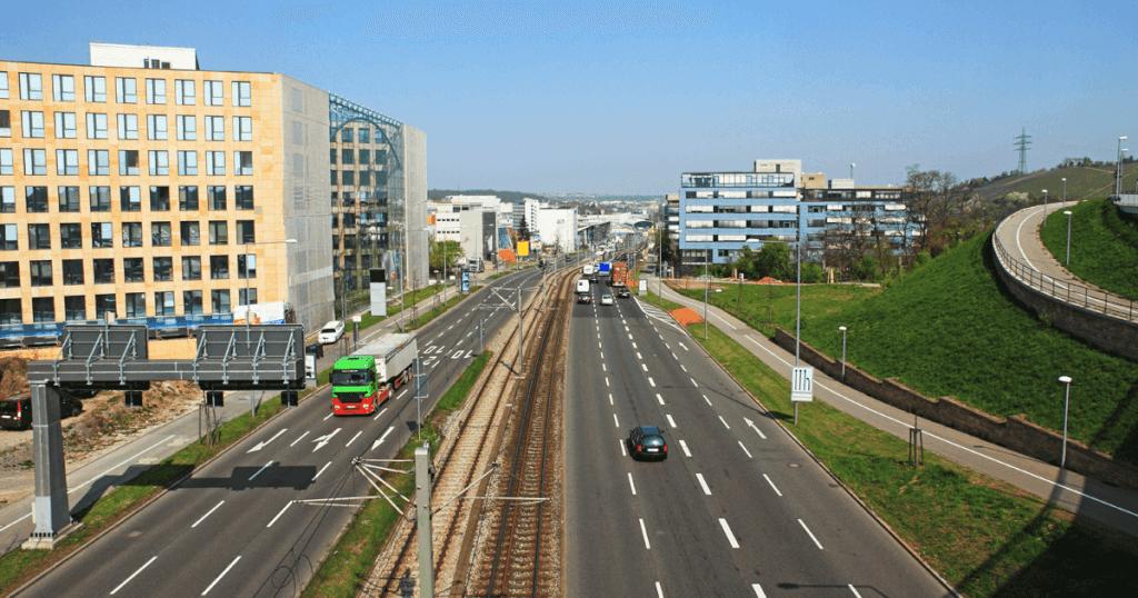 Stadtbezirk Feuerbach - Leben im Grünen und weltbekannt arbeiten