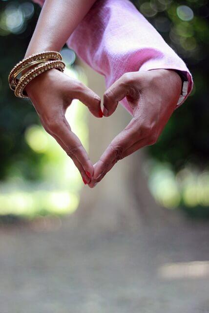 love 2123760 640
