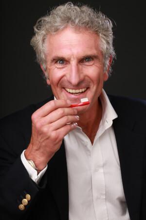 Warum du eine WURZELBEHANDLUNG unbedingt vermeiden solltest und weiteres Wissen über ganzheitliche Zahnmedizin - im Interview Dr. Elmar Jung