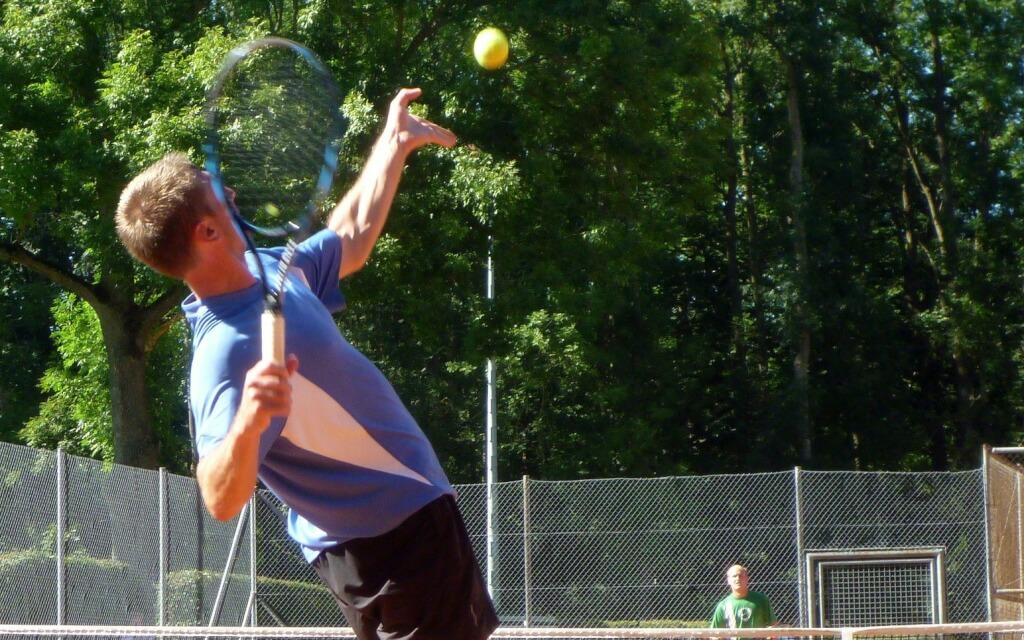 Tennis- und GolferEllenbogen erfolgreich behandeln