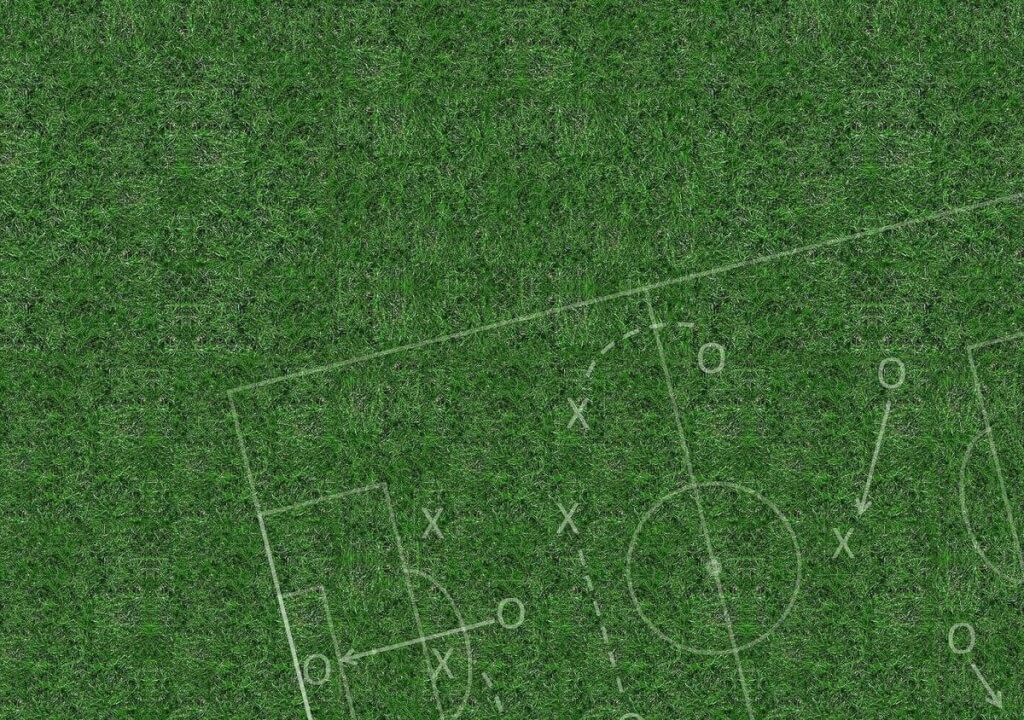 Virtuelle Taktiktafel fussball taktik rasen