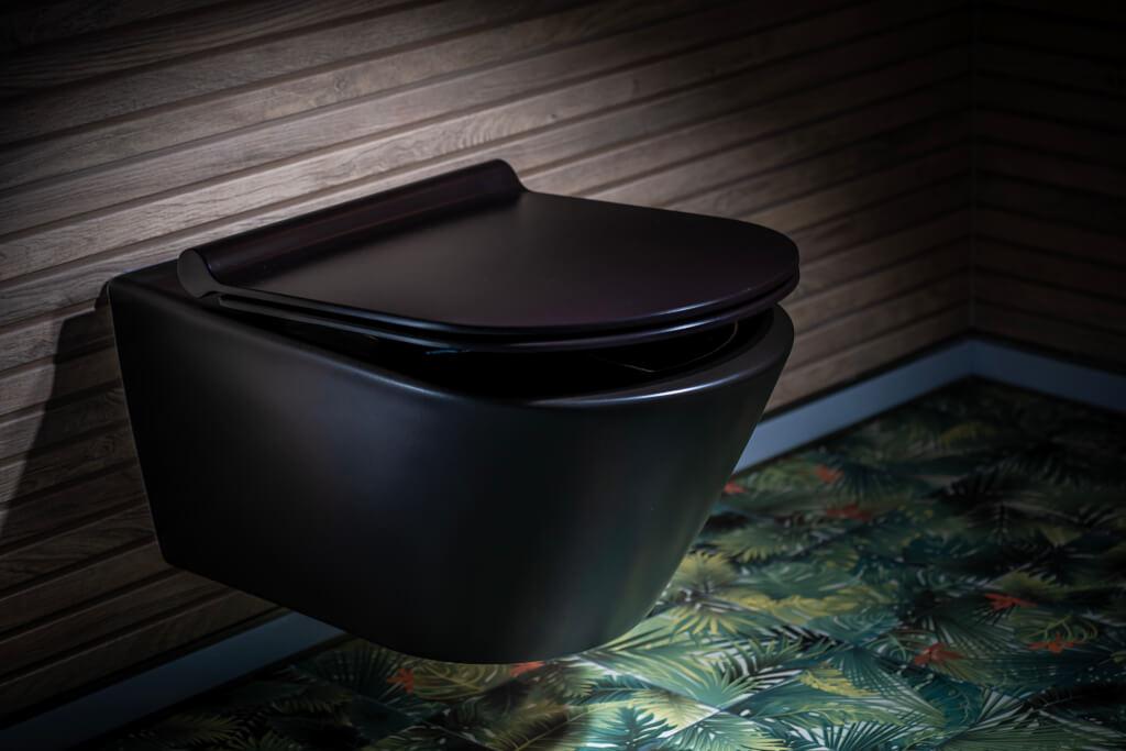 AKTUELLE TRENDS: SPÜLRANDLOSE WCS, PFLEGELEICHTE TOILETTENDECKEL UND DUSCH-WCS