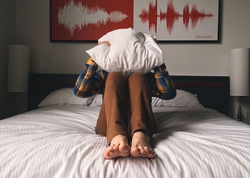 Einschlafen! Die beste Atemtechnik mit der dir das sofort gelingt.