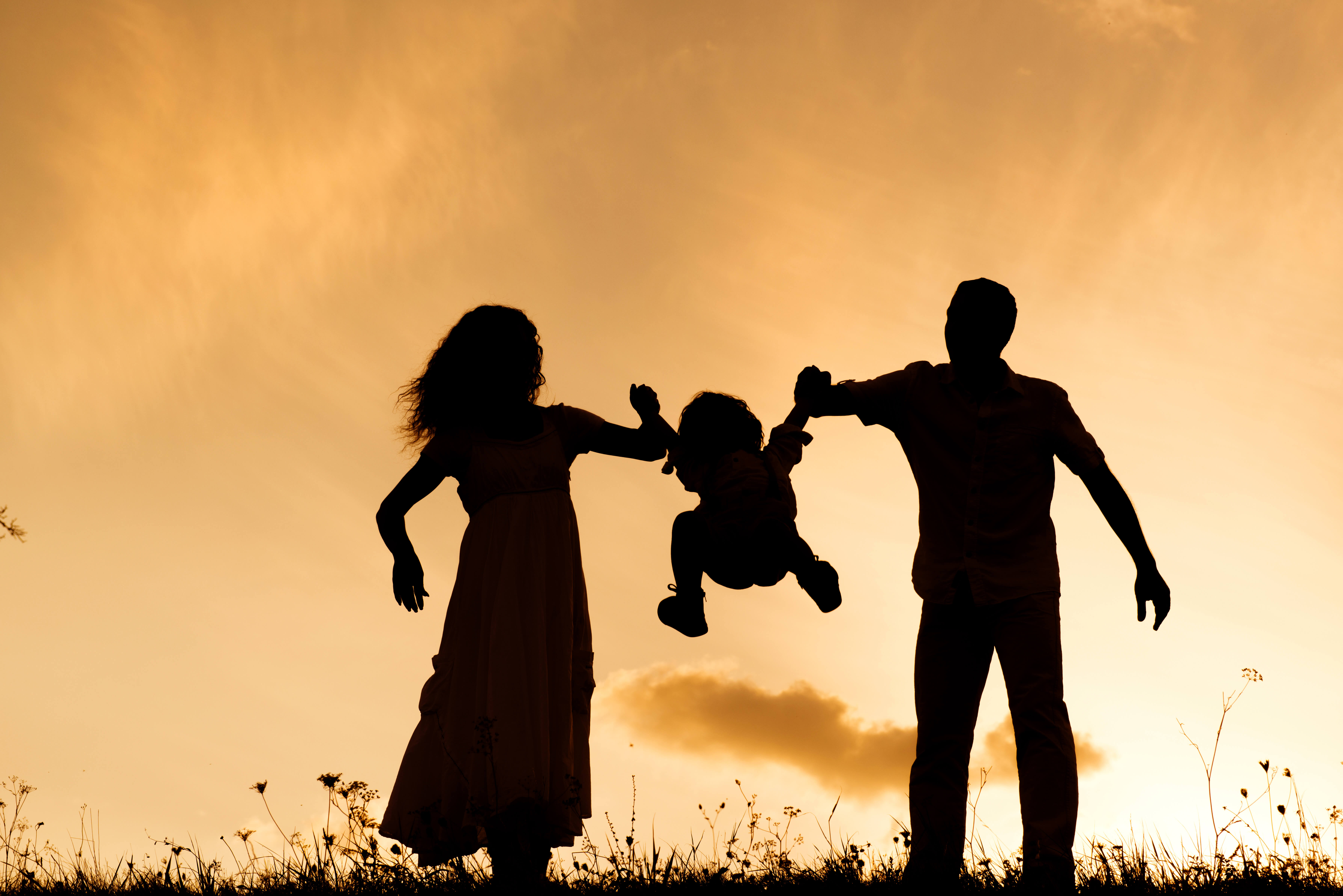 graphicstock silhouettes of happy parents having fun with their children rACxexsZW
