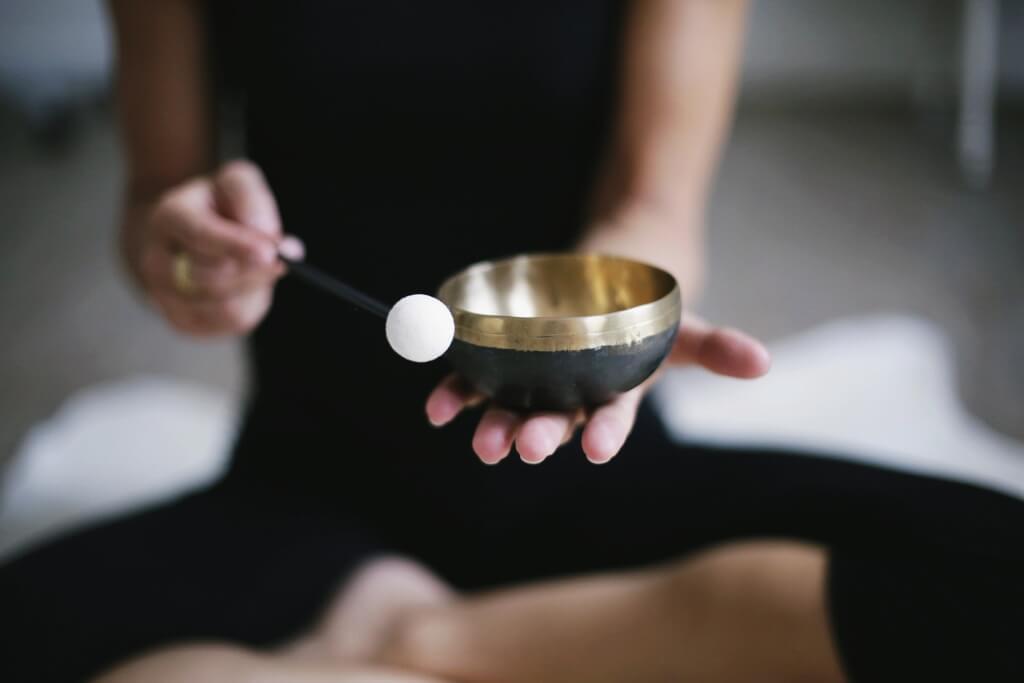Entspannungsübungen meditation 3480814 1920