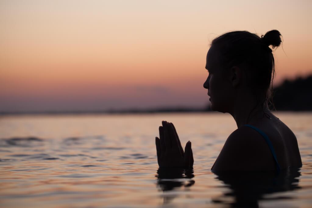 Wie funktioniert Achtsamkeit Meditation?