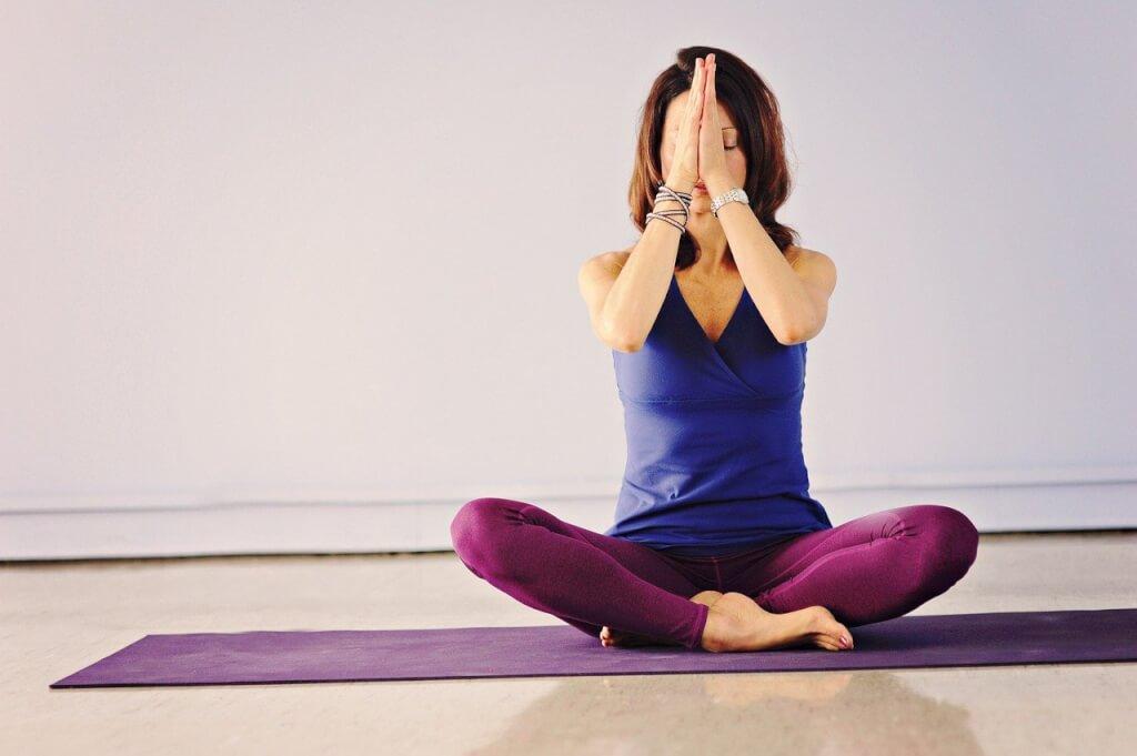 Achtsamkeit übungen yoga 4595164 1280