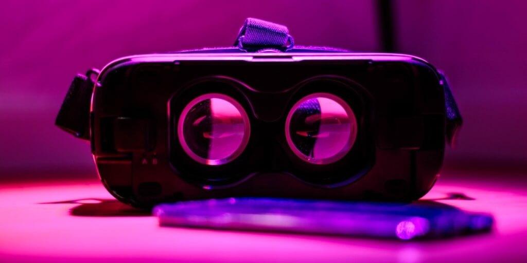 Die Universität macht es vor: zwei innovative Ansätze wie VR zum Lernen funktioniert