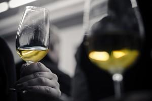 Weißwein zwei Gläser