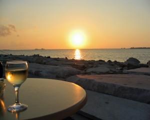 Weißwein & Sonnenuntergang