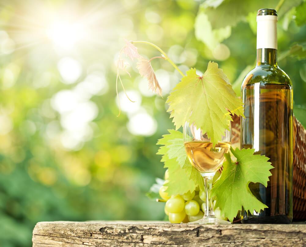 Edelsuesse Weine Flasche Glas