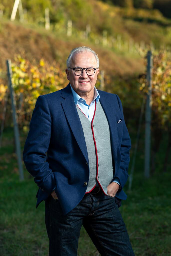 Fritz Keller - ein Leben voller Leidenschaft als Winzer, Gastronom, Weinhändler & DFB-Präsident