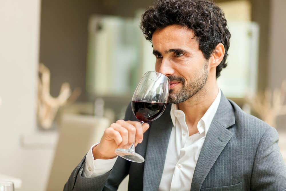 Gespuer fuer Wein Mann Tasting