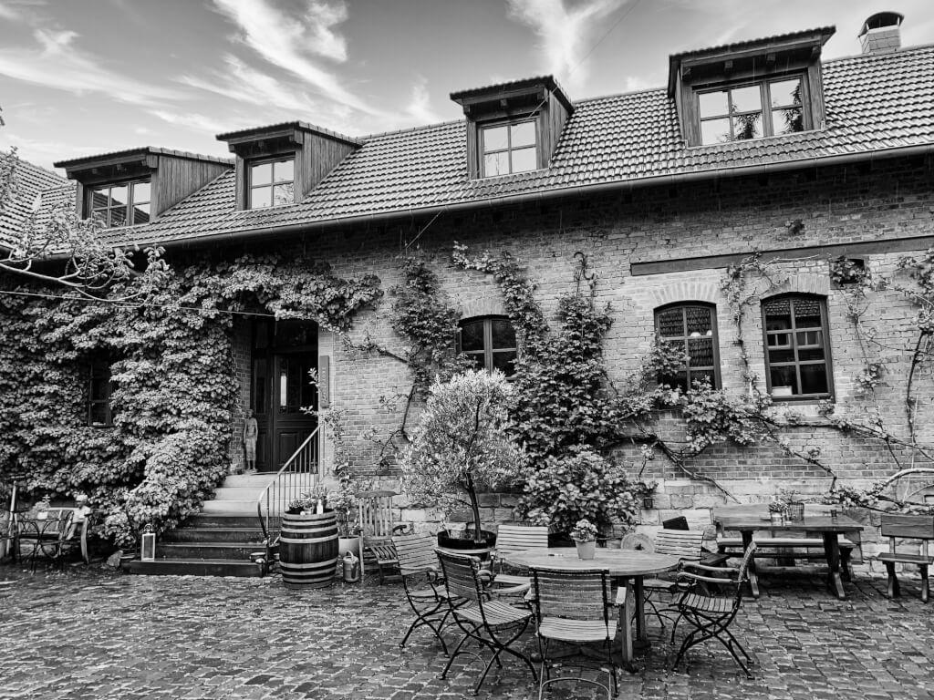 Weingut Dr. Wehrheim Haus