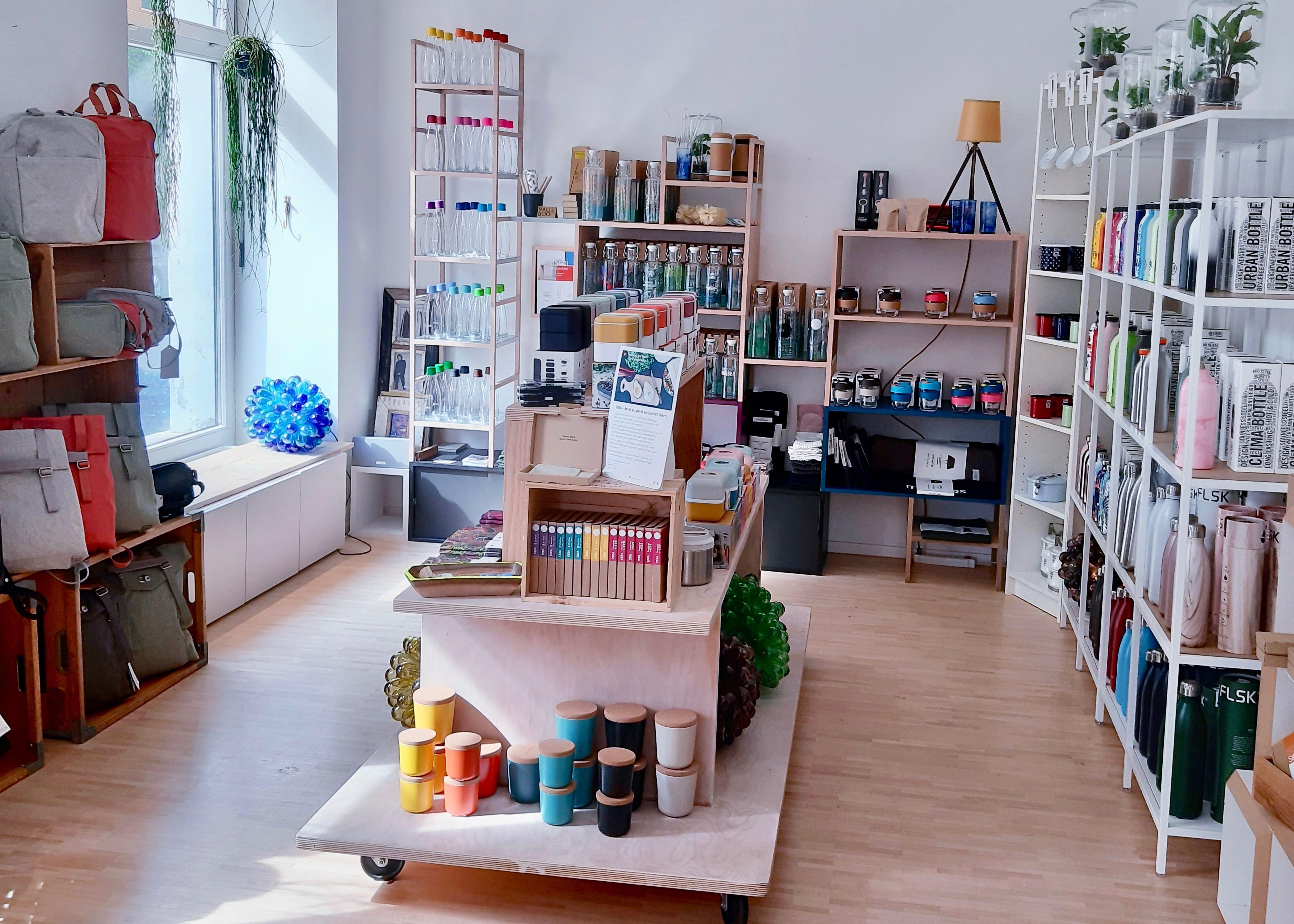 RRREVOLVE Eco Concept Store – Filialleiterin Sarina Lüthi im Interview