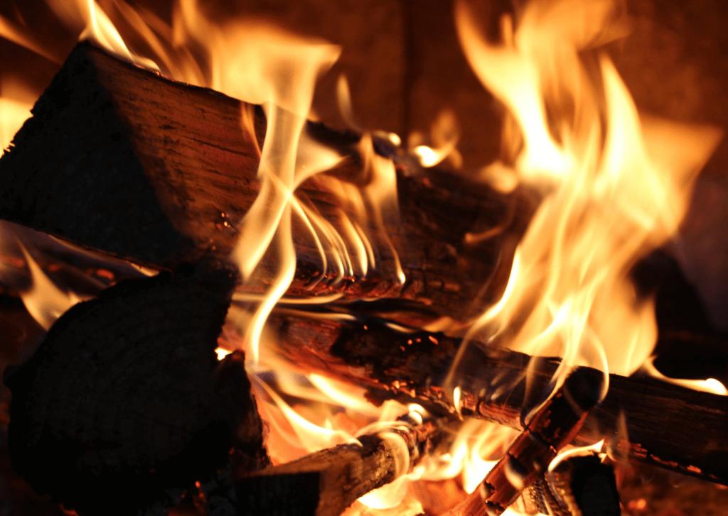 Adventskalender Tag 21: Wintersonnenwende & Feuerritual