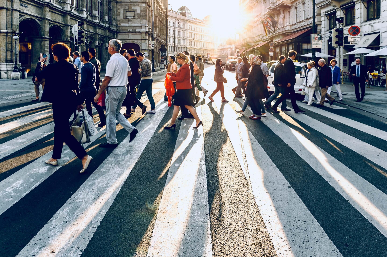 Kunden werben Kunden: Mit B2B-Empfehlungen neue Leads gewinnen