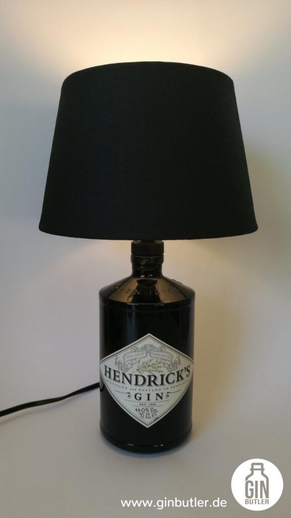 Gin Flaschenlampe mit Lampenschirm   Gin Butler
