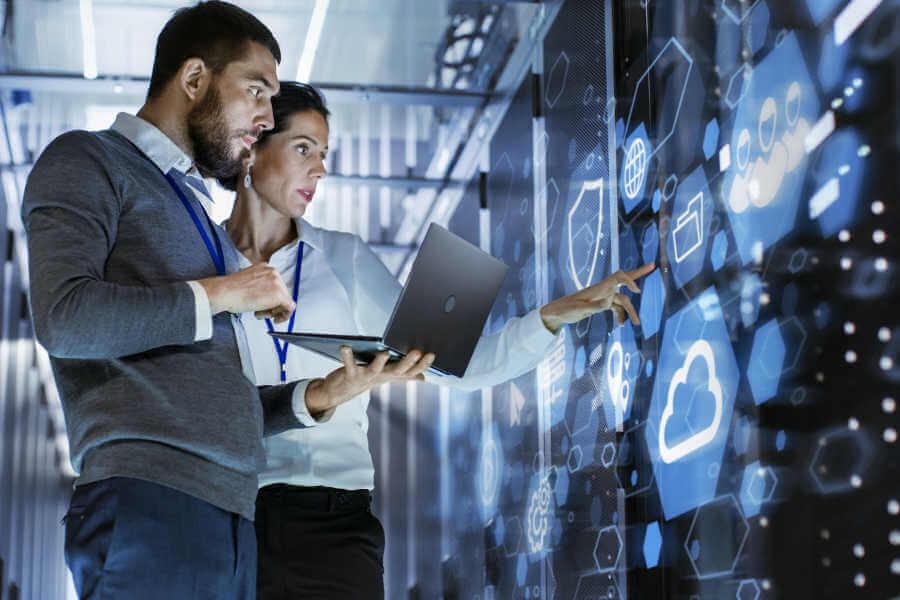 Das BASYS IT Experten Team berät Sie gerne zu Endunser - & Mobile Computing.
