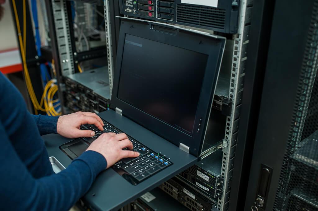Stellenangebot IT Systemspezialist Netzwerke in Bremen