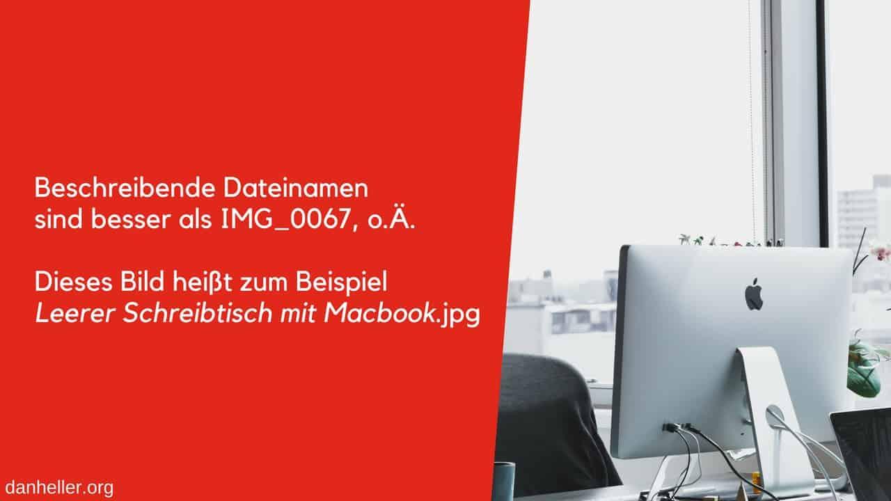 Leerer Schreibtisch mit Macbook