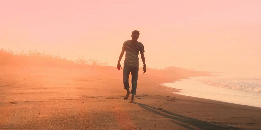 Auch ein Spaziergang am Strand hilft nicht.