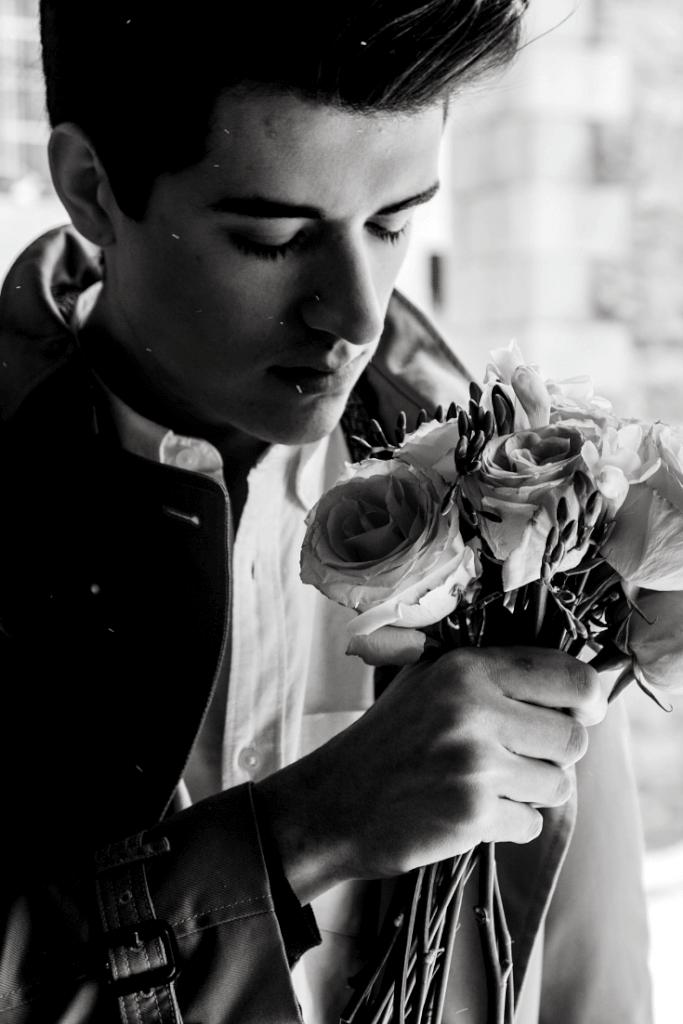 #roses #blackwhite
