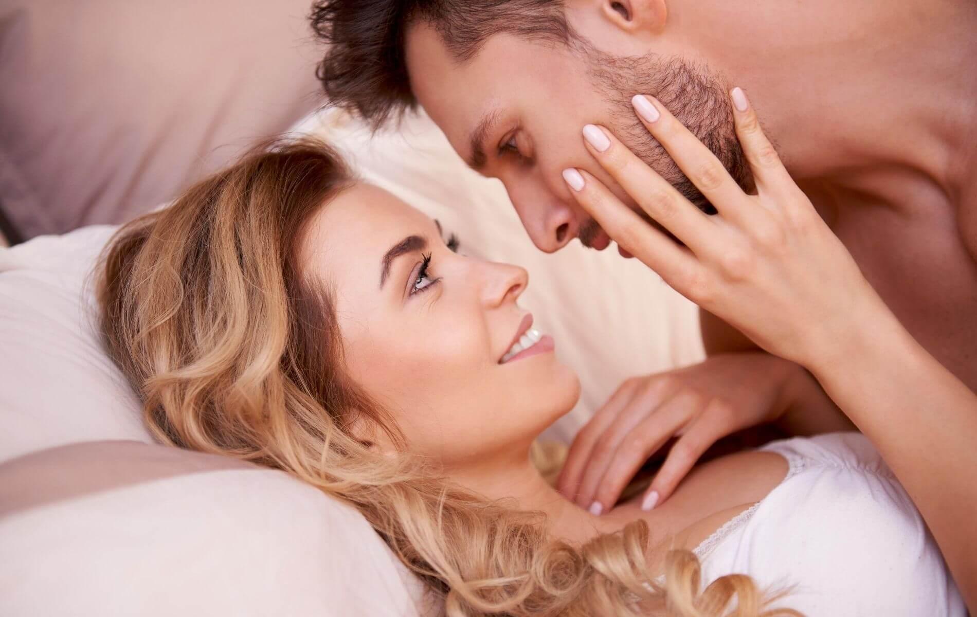 Warum gehen Männer fremd, obwohl sie in einer glücklichen Beziehung sind?