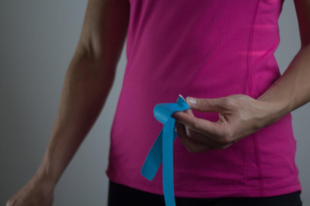Eine Tape-Anlage im Bereich der Beine kann problemlos mit der passenden Tape Anleitung selber angelegt werden.