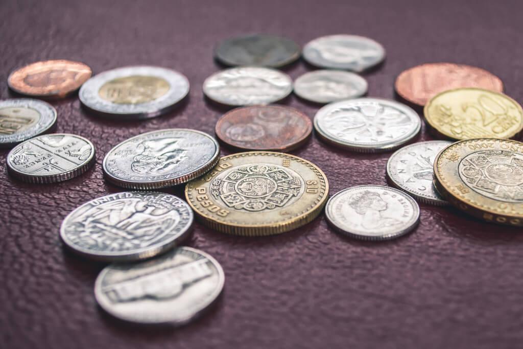 Finanzen beim Auswandern  - Unterschiedliche Währungen erschweren das Vorgehen