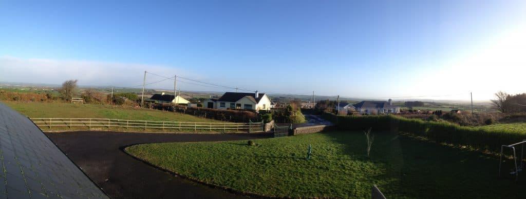 Ein Panoramabild erstellt an einem kalten Wintermorgen.