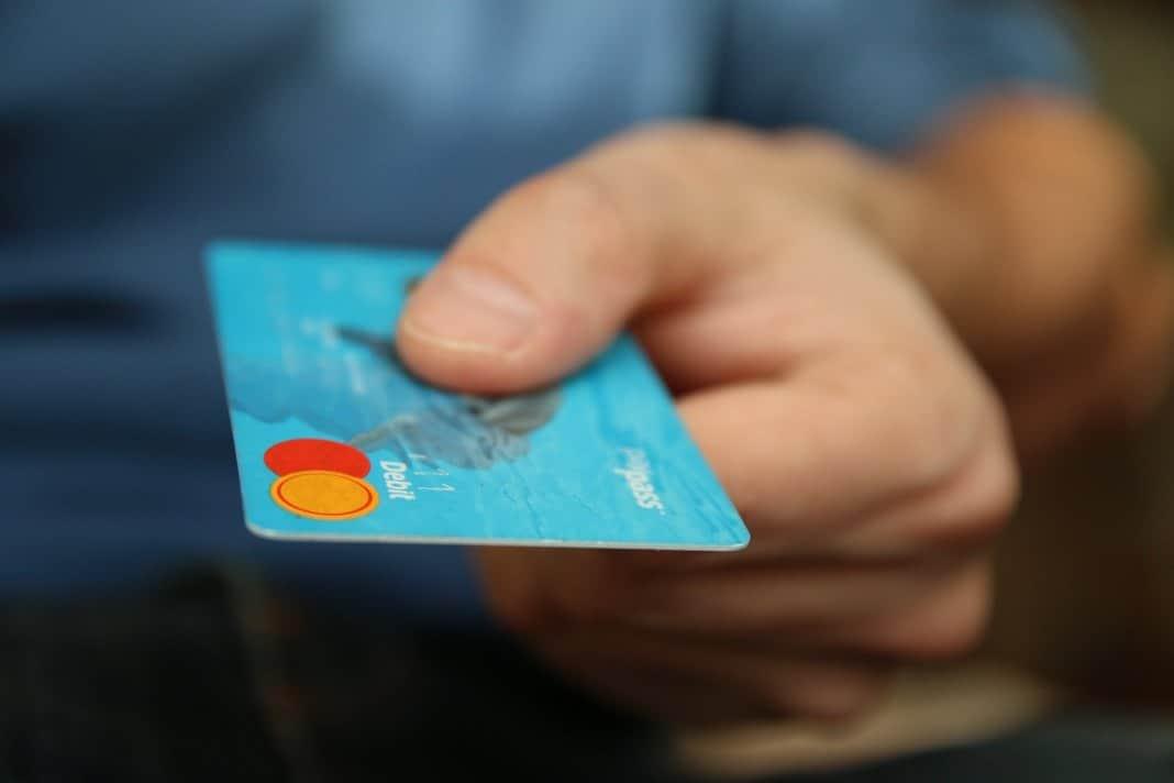 die beste Kreditkarte auf Reisen vergleichen