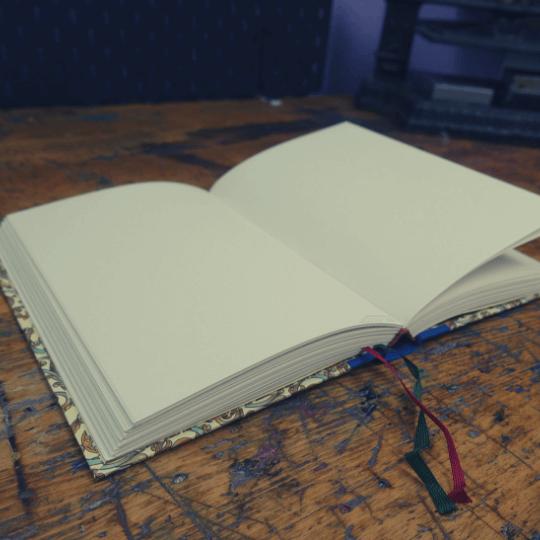 Buchbinde Material 4