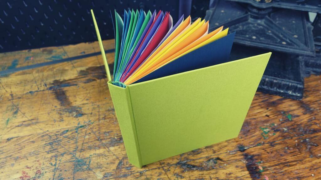 Regenbogen-Fotoalbum