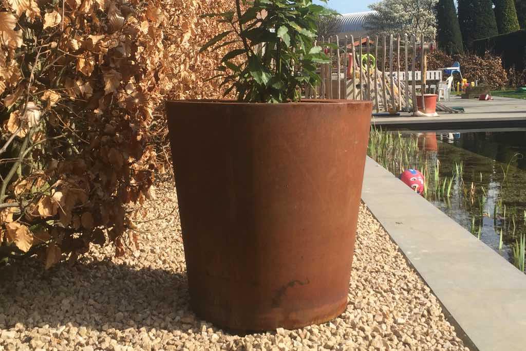 pflanzbehaelter aus cortenstahl