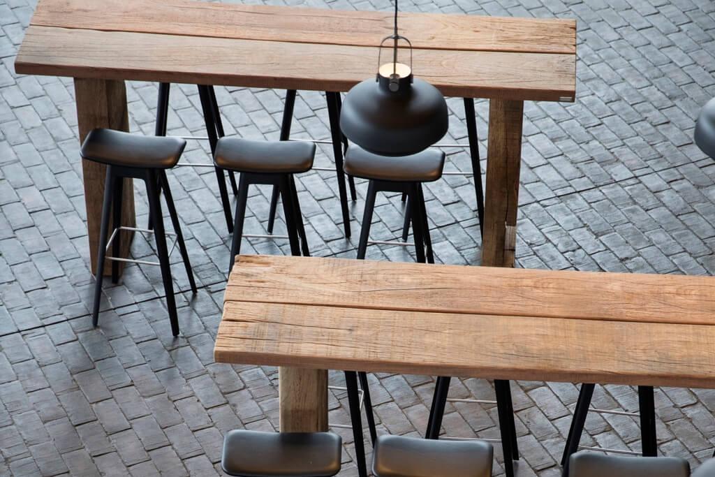 Designstarke Einrichtungen für Häuser, Gärten, öffentliche Bereiche, Hotels und Gastronomie