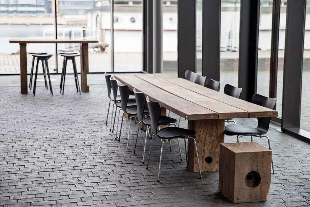 Tisch Gaia und Sitzblock Cube von Thors Design