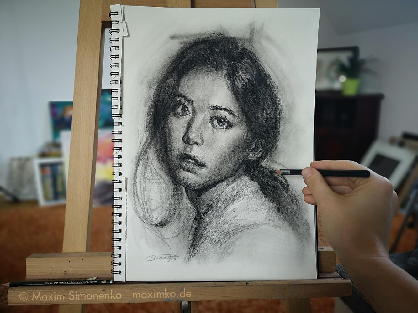 portrait porträt asiatin kohle maxim simonenko maximko portraitzeichner rostock