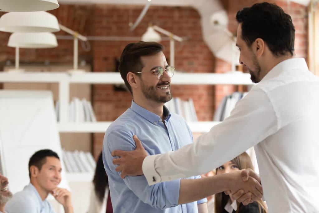 Mitarbeiterbindung steigern: Die 3 garantierten Wege in 2021