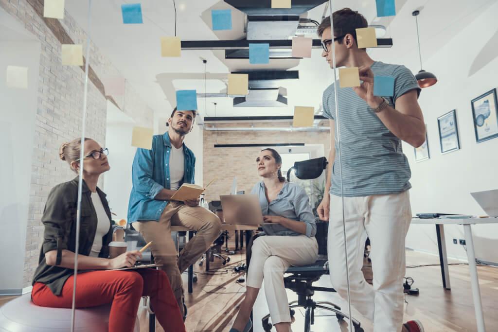 umsatz pro mitarbeiter wissen knowledge worker produktiv meeting geistiges kapital team
