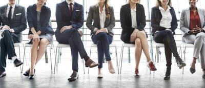 Größe der Personalabteilung vs. Anzahl Mitarbeiter: Definition, Benchmark und Guide